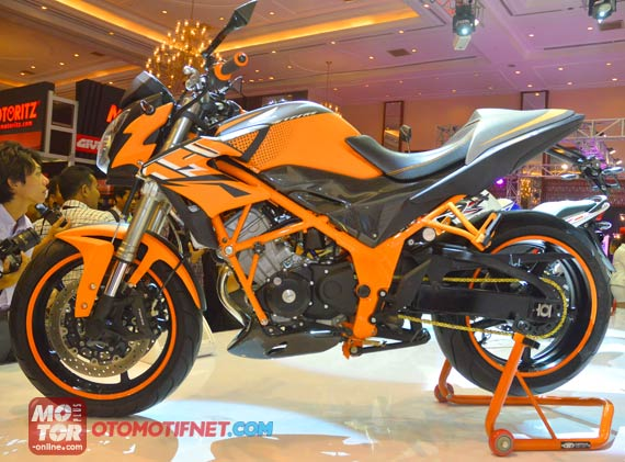 Inspirasi Modif CB 150R Street Fire bergaya Urban Street Fighter