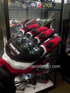 glove taichi