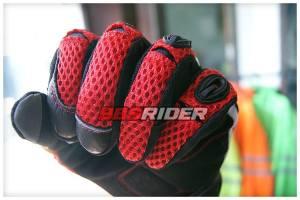 rs taichi velocity mesh carbon gloves RST404 tampak dari dekat