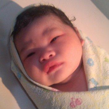 bayi mungil shine aiwon naio lahir 21 desember 2014, berat 3,3kg, panjang 52cm
