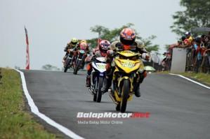 Race-1-UB150-IRRC-Tasikmalaya-700x467