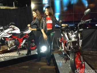 Honda New CB 150 r special edition