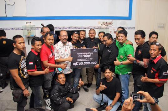 MPM Distributor bersama bikers komunitas BigBike menyumbangkan alat pendeteksi kanker 3D senilai Rp 30 juta kepada Yayasan Kanker Indonesia Wisnuwardhana. Kegiatan ini merupakan salah satu bentuk CSR MPM Distributor.