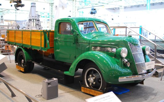 1935_Toyoda_Model_G1_Truck_01