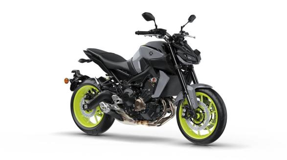 2017-yamaha-mt-09-eu-night-fluo-studio-001