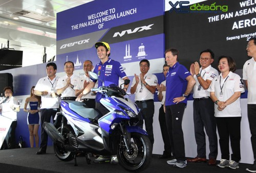 xedoisong_valentino_rossi_launch_yamaha_nvx_asean_media_sepang_h1_ceok