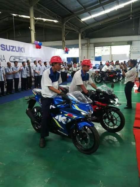produksi perdana Suzuki GSX-R 150 3