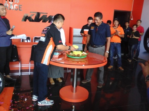 Grand opening KTM Cirebon dealer