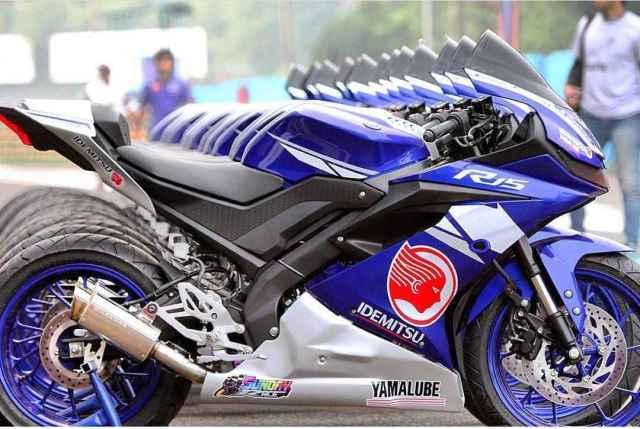 yamaha R15 2017 racing version