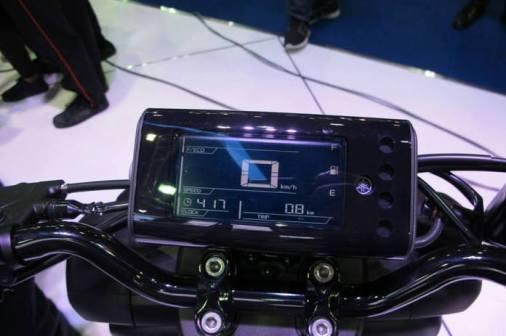 Yamaha_QBIX125_spedometer LED