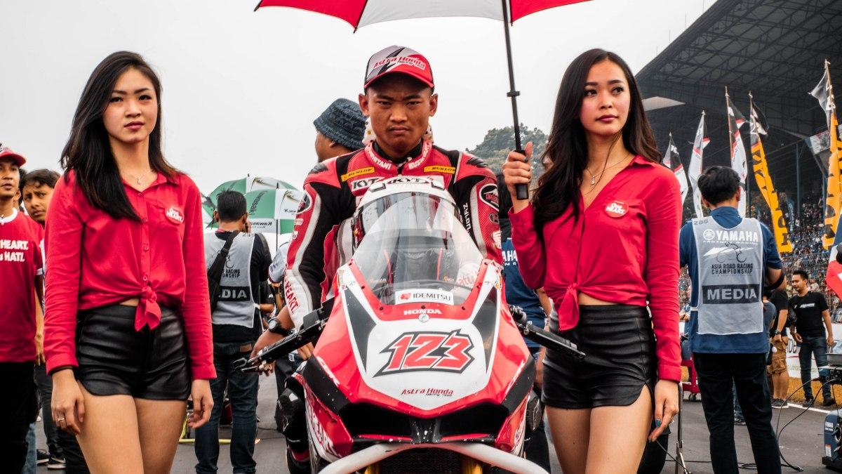 Foto-Foto Hi-res Asia Road Racing Championship!